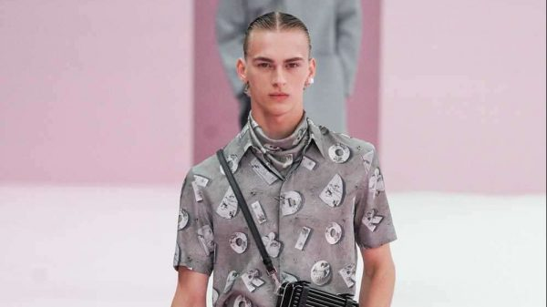 Dior S/S 2020 Dior S/S 2020 Vanity Teen Menswear & new faces magazine
