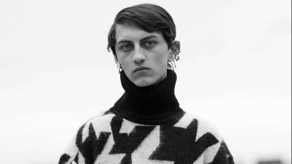 Alexander McQueen FW/2019  Alexander McQueen FW/2019 Vanity Teen Menswear & new faces magazine