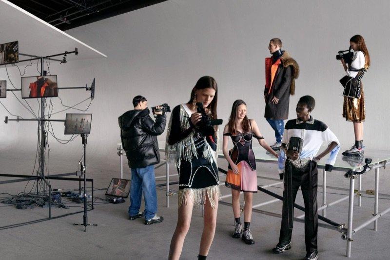 Burberry FW19 Burberry FW19 Vanity Teen 虚荣青年 Menswear & new faces magazine