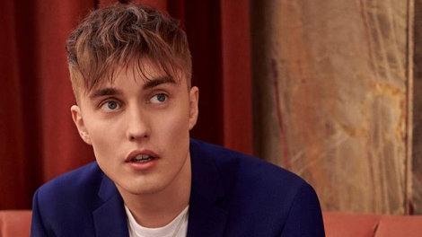 Review / Sam Fender