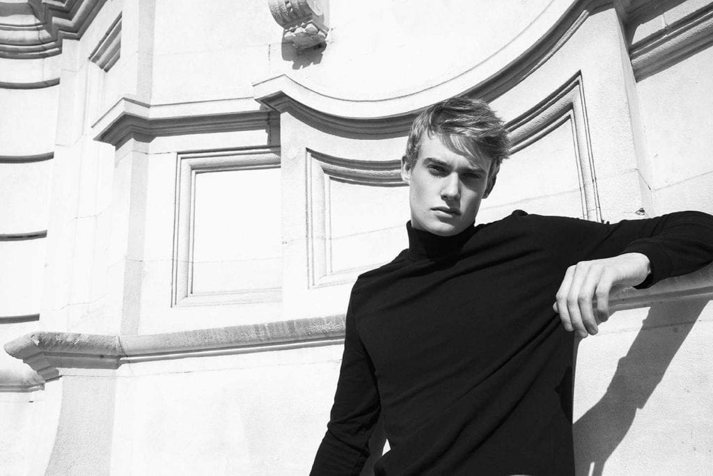 Cameron Roberts by Charly V Real Cameron Roberts by Charly V Real Vanity Teen 虚荣青年 Menswear & new faces magazine