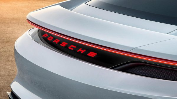 Porsche unveiled the concept of an electric car Porsche unveiled the concept of an electric car Vanity Teen 虚荣青年 Menswear & new faces magazine