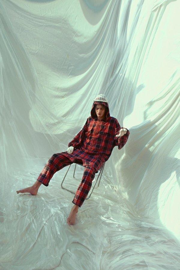 James Finlayson by Letu Salvi James Finlayson by Letu Salvi Vanity Teen 虚荣青年 Menswear & new faces magazine