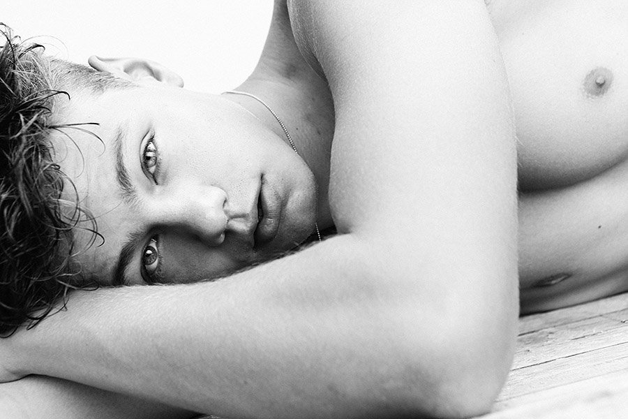 Florian Maček by Alejandro Ramírez Florian Maček by Alejandro Ramírez Vanity Teen 虚荣青年 Menswear & new faces magazine