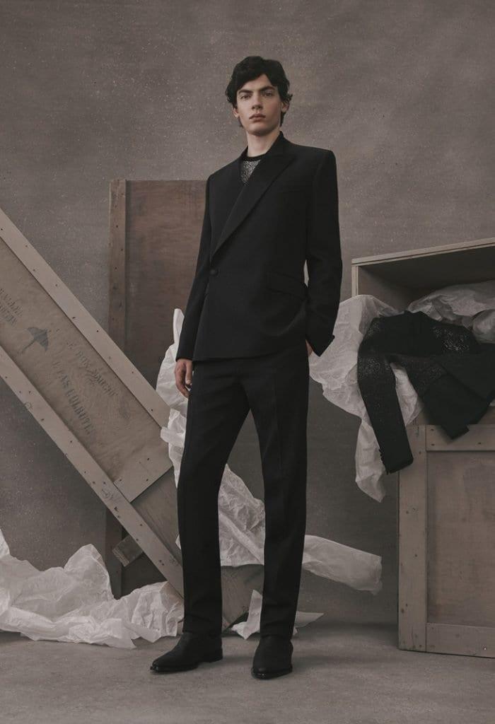 Givenchy Atelier FW19 Givenchy Atelier FW19 Vanity Teen 虚荣青年 Menswear & new faces magazine