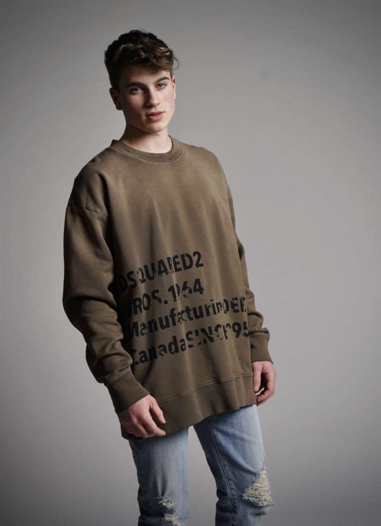 Frederik Walbrodt by Stephan Mientus Frederik Walbrodt by Stephan Mientus Vanity Teen 虚荣青年 Lifestyle & new faces magazine