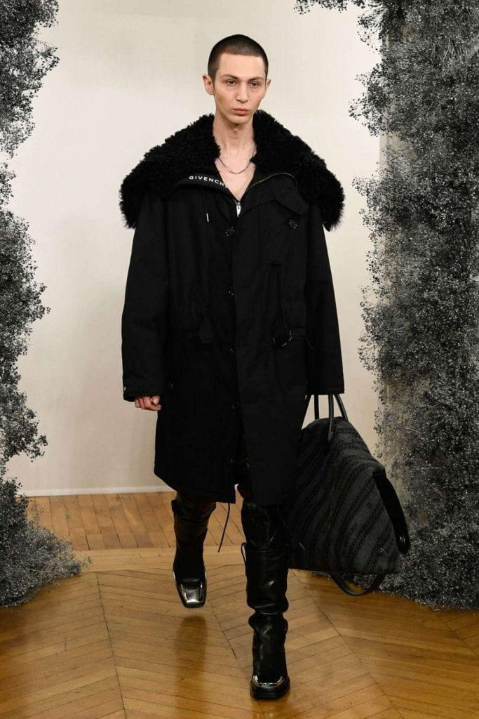 Givenchy FW20 Givenchy FW20 Vanity Teen 虚荣青年 Menswear & new faces magazine