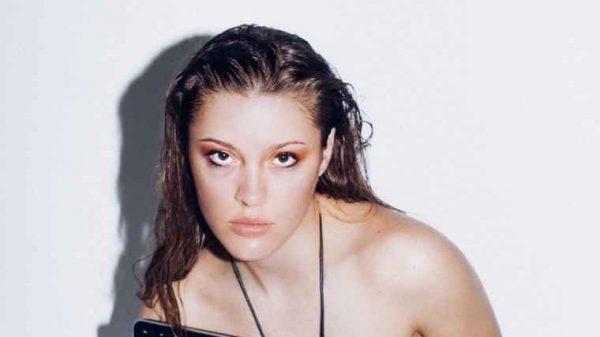 Vanity Teen GIRL Brae Heizer by Brenda Nasr Vanity Teen GIRL Brae Heizer by Brenda Nasr Vanity Teen 虚荣青年 Menswear & new faces magazine