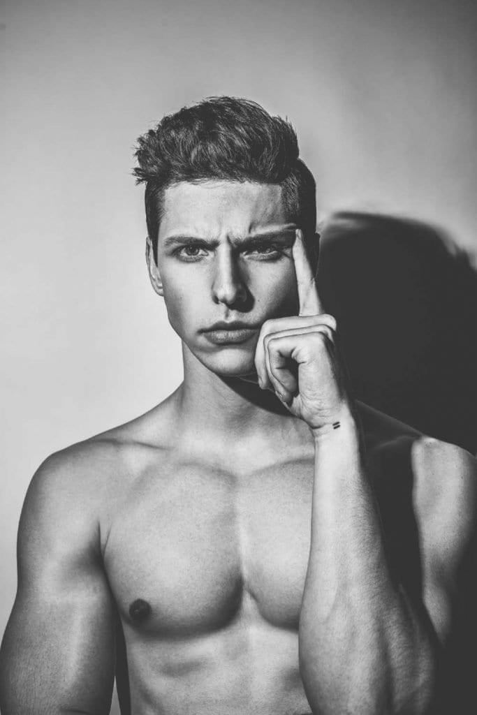 Vanity Teen EXCLUSIVE: Sean Micah by Jacob Reinhard Vanity Teen EXCLUSIVE: Sean Micah by Jacob Reinhard Vanity Teen 虚荣青年 Menswear & new faces magazine
