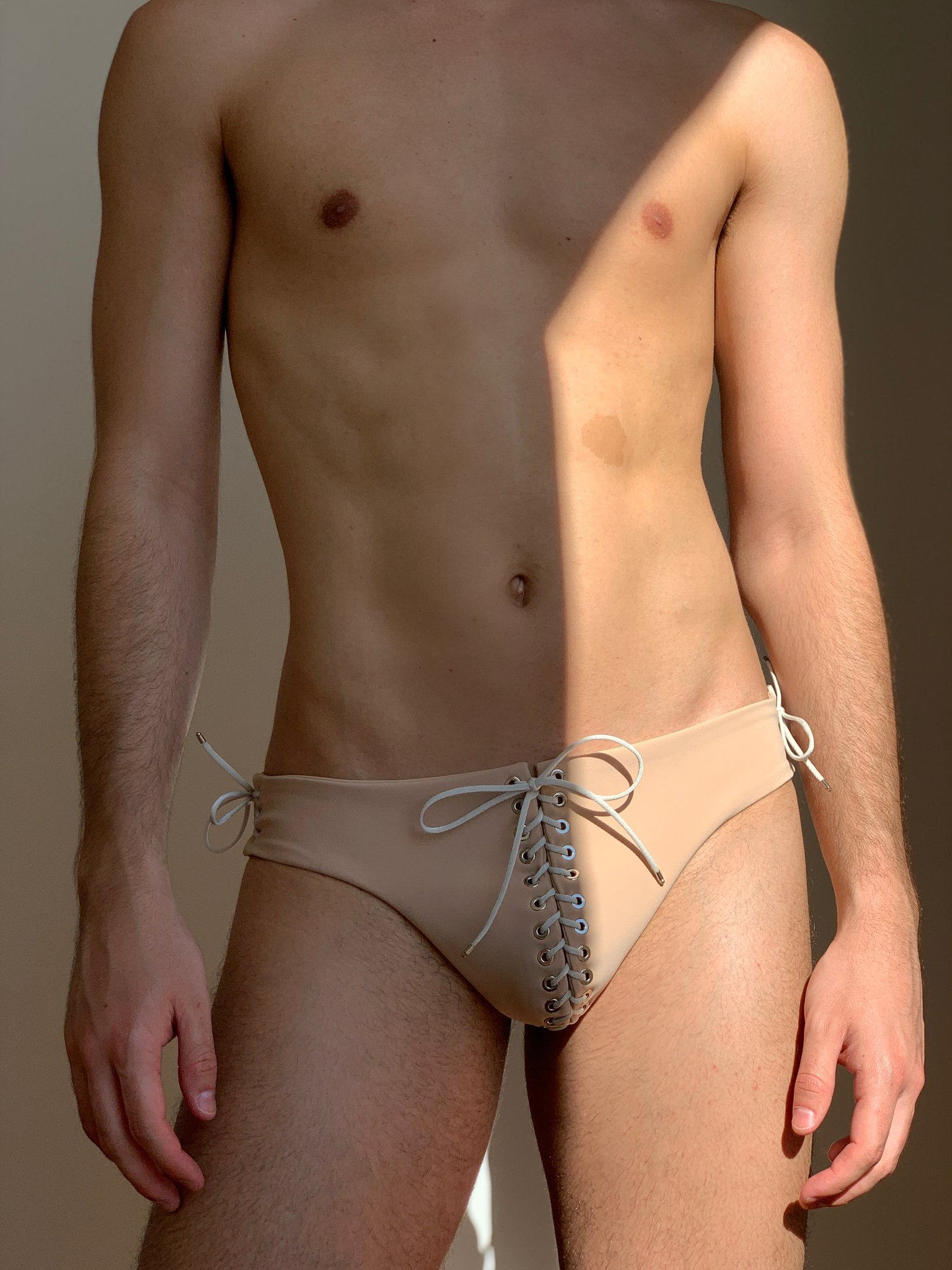 Ludovic de Saint Sernin launches his first swimwear collection - Vanity teen