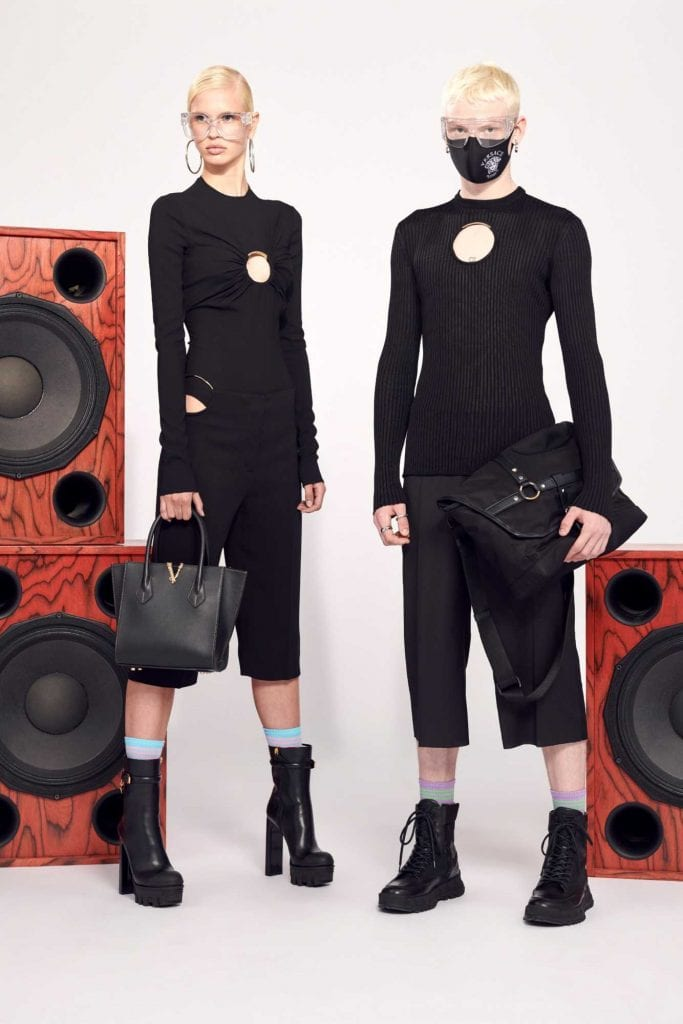Versace Resort 2021 Versace Resort 2021 Vanity Teen 虚荣青年 Menswear & new faces magazine