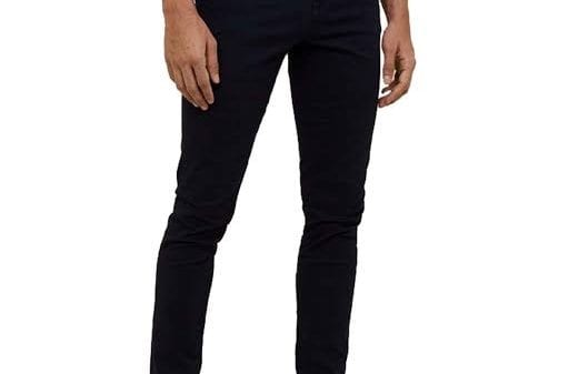 Why You Need a Black Pair of Trousers Why You Need a Black Pair of Trousers Vanity Teen Menswear & new faces magazine