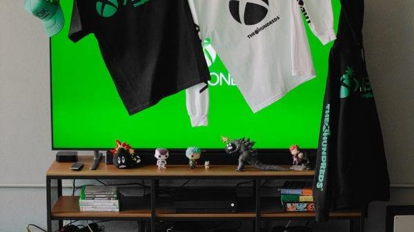 Xbox and the Hundreds team up to offer a unique clothing collection Xbox and the Hundreds team up to offer a unique clothing collection Vanity Teen 虚荣青年 Menswear & new faces magazine