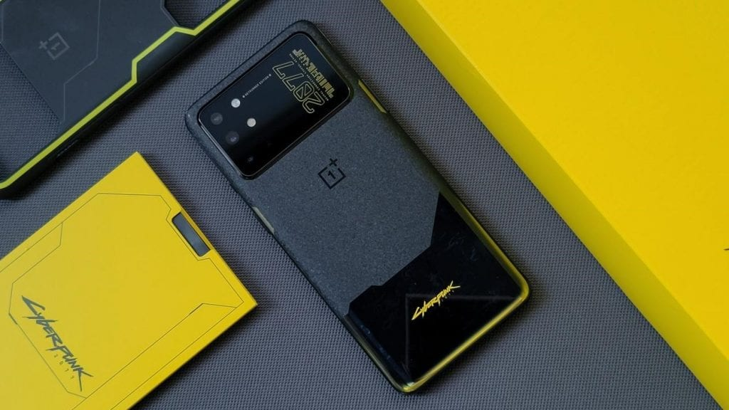 Cyberpunk 2077 will have its own smartphone and it comes from the future Cyberpunk 2077 will have its own smartphone and it comes from the future Vanity Teen 虚荣青年 Menswear & new faces magazine