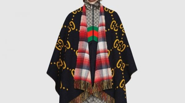 Add a little something extra to your look and stay warm: scarves and ponchos for men are a signature item this season! Add a little something extra to your look and stay warm: scarves and ponchos for men are a signature item this season! Vanity Teen 虚荣青年 Menswear & new faces magazine
