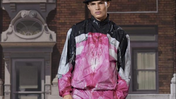 Moschino Fall/Winter 2021 Collection Moschino Fall/Winter 2021 Collection Vanity Teen Menswear & new faces magazine