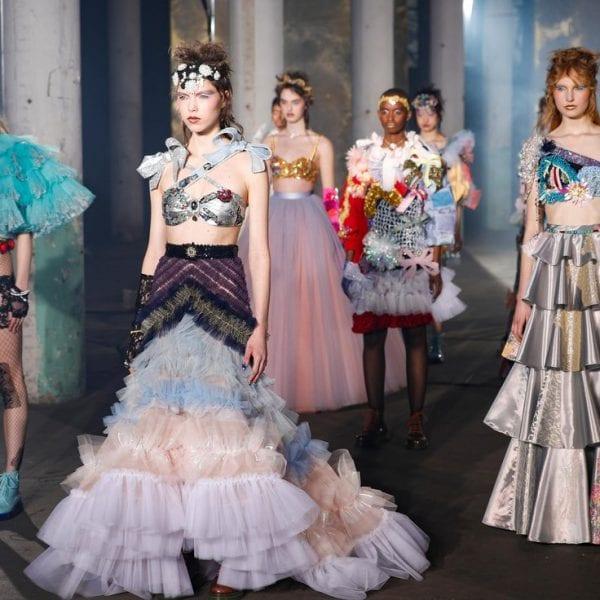 Paris Haute Couture Spring/Summer 2021 – Day 3 Paris Haute Couture Spring/Summer 2021 – Day 3 Vanity Teen 虚荣青年 Menswear & new faces magazine