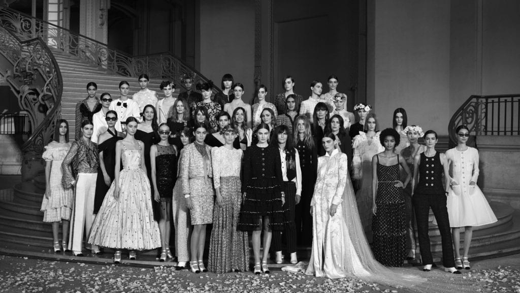 Paris Haute Couture Spring/Summer 2021 - Day 2 Paris Haute Couture Spring/Summer 2021 - Day 2 Vanity Teen 虚荣青年 Menswear & new faces magazine