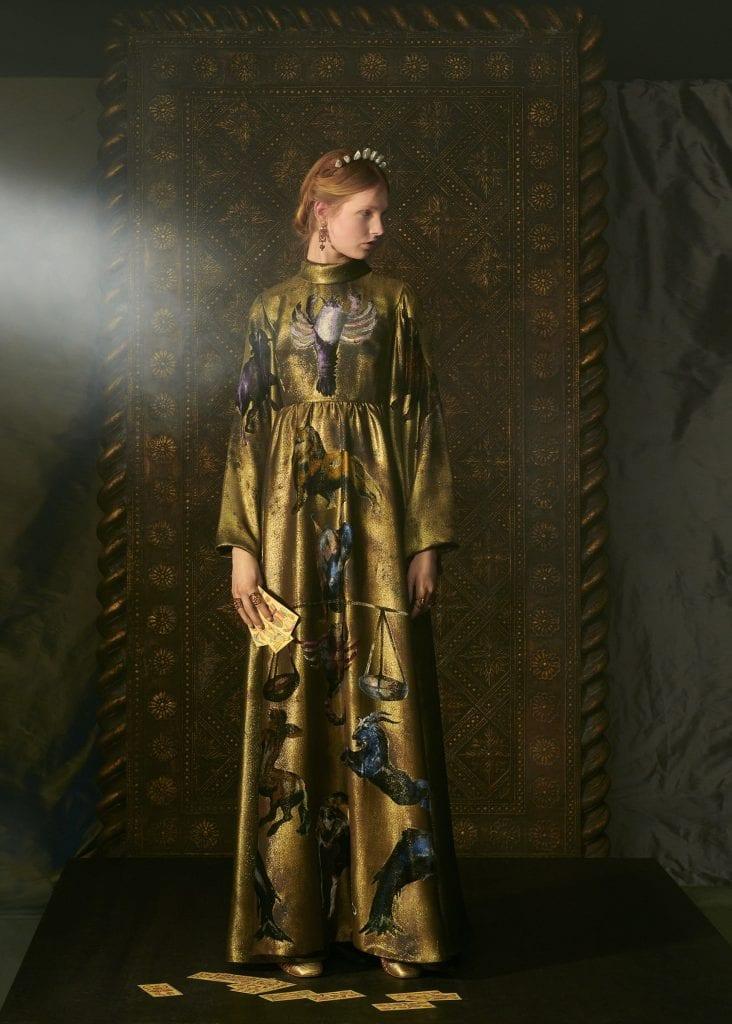 DIOR 'Le Château du Tarot' Spring/Summer 2021 Haute Couture Collection DIOR 'Le Château du Tarot' Spring/Summer 2021 Haute Couture Collection Vanity Teen 虚荣青年 Menswear & new faces magazine