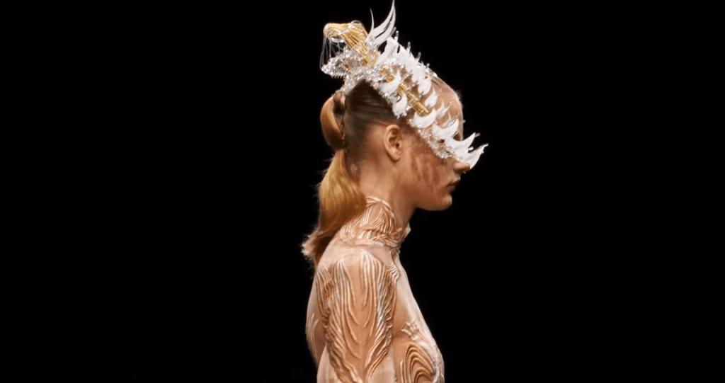 Paris Haute Couture Spring/Summer 2021 - Day 1 Paris Haute Couture Spring/Summer 2021 - Day 1 Vanity Teen 虚荣青年 Menswear & new faces magazine