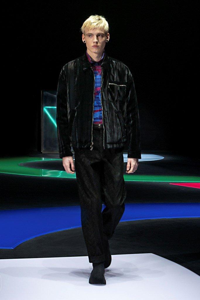 Milan Fashion Week FW21 - Day 3 Milan Fashion Week FW21 - Day 3 Vanity Teen 虚荣青年 Menswear & new faces magazine