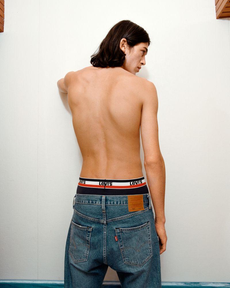 LEVI'S underwear campaign LEVI'S underwear campaign Vanity Teen 虚荣青年 Menswear & new faces magazine