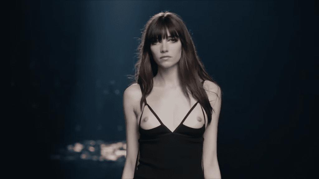 Givenchy FW21 Show Givenchy FW21 Show Vanity Teen 虚荣青年 Menswear & new faces magazine