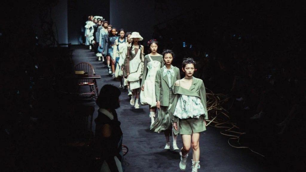 Shanghai Fashion Week SHFWD - Day 5 & 6 Shanghai Fashion Week SHFWD - Day 5 & 6 Vanity Teen 虚荣青年 Menswear & new faces magazine