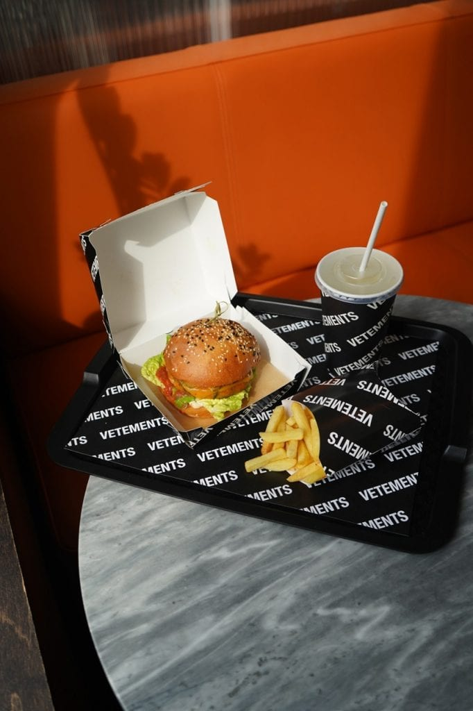 Vetements Black Soul Burger Vetements Black Soul Burger Vanity Teen 虚荣青年 Menswear & new faces magazine