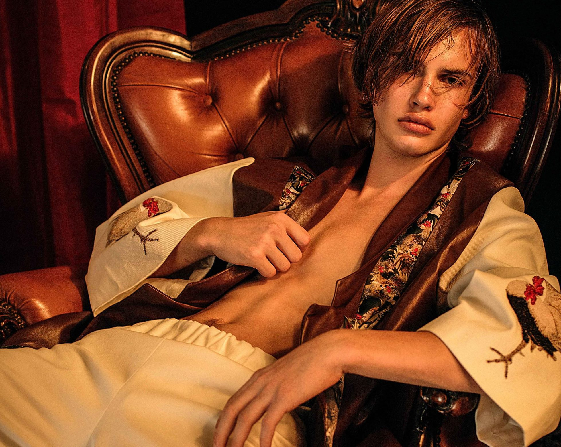 """Costanza Pirazzoli """"You want to dream, to let yourself go… """" Costanza Pirazzoli """"You want to dream, to let yourself go… """" Vanity Teen 虚荣青年 Menswear & new faces magazine"""