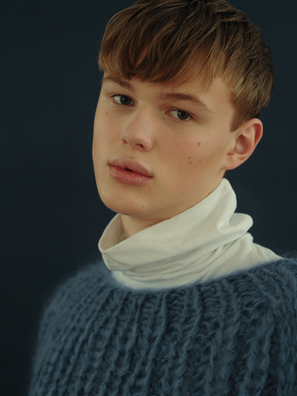 Constantin - I was asked by a model scout if I had ever thought about modeling Constantin - I was asked by a model scout if I had ever thought about modeling Vanity Teen 虚荣青年 Menswear & new faces magazine