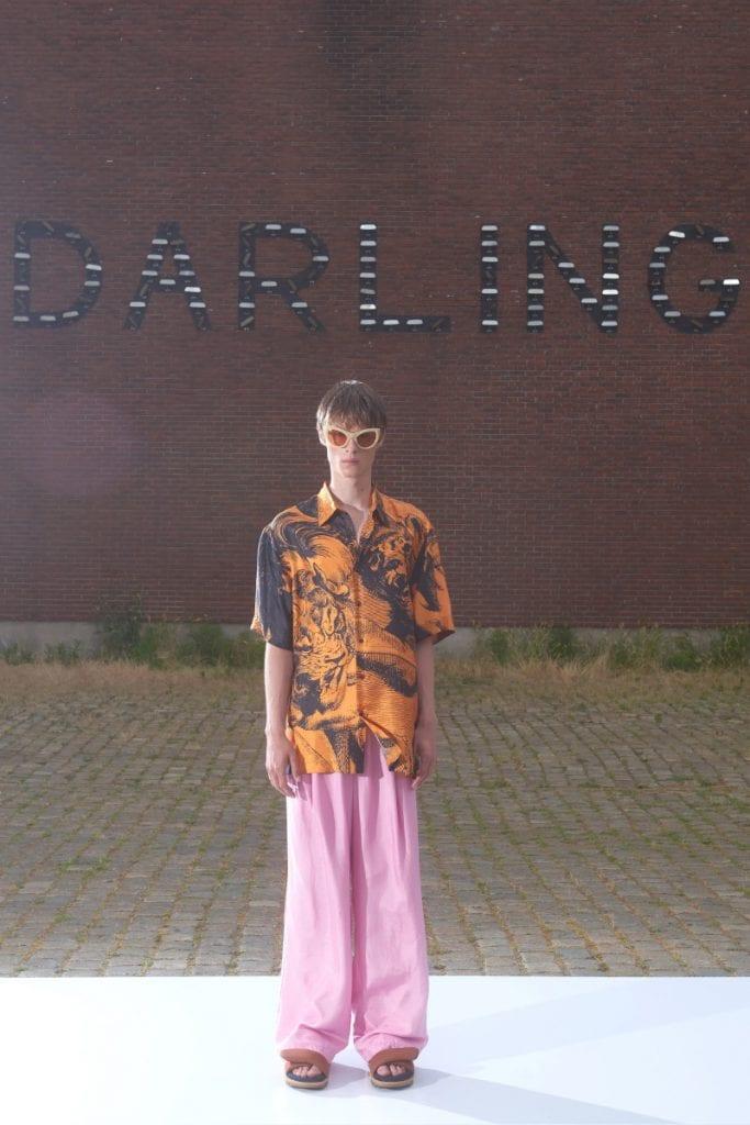 Dries Van Noten SS22 Shot in Antwerp Dries Van Noten SS22 Shot in Antwerp Vanity Teen 虚荣青年 Menswear & new faces magazine