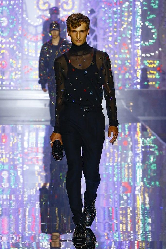 Milan Fashion Week Day 2: Canali, Dolce & Gabbana, Children of the Discordance Milan Fashion Week Day 2: Canali, Dolce & Gabbana, Children of the Discordance Vanity Teen 虚荣青年 Lifestyle & new faces magazine