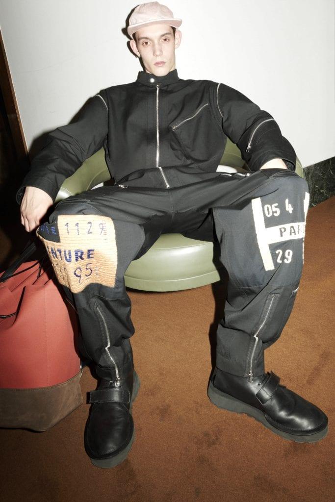 Paris Fashion Week - Day 06: 1017 Alyx 9SM, Thom Browne, Jil Sander Paris Fashion Week - Day 06: 1017 Alyx 9SM, Thom Browne, Jil Sander Vanity Teen 虚荣青年 Menswear & new faces magazine
