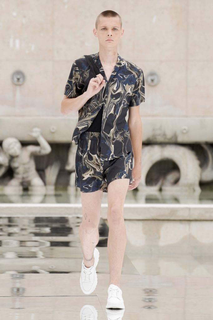 Paris Fashion Week - Day 03: Louis Vuitton, Dries Van Noten, LGN Louis-Gabriel Nouchi Paris Fashion Week - Day 03: Louis Vuitton, Dries Van Noten, LGN Louis-Gabriel Nouchi Vanity Teen 虚荣青年 Menswear & new faces magazine