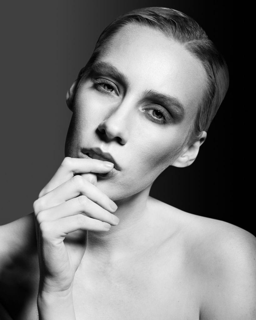 Magda Swider by Marco Cuttin Magda Swider by Marco Cuttin Vanity Teen 虚荣青年 Menswear & new faces magazine