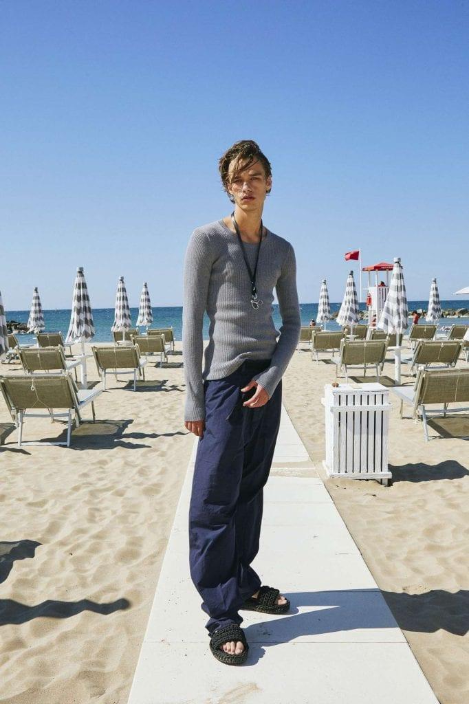 No.21 Resort 22 Collection No.21 Resort 22 Collection Vanity Teen 虚荣青年 Menswear & new faces magazine