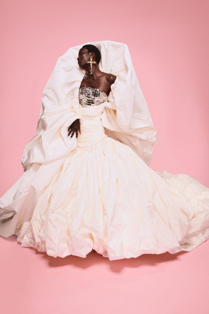Haute Couture Week: Day 1 & 2 Haute Couture Week: Day 1 & 2 Vanity Teen 虚荣青年 Menswear & new faces magazine