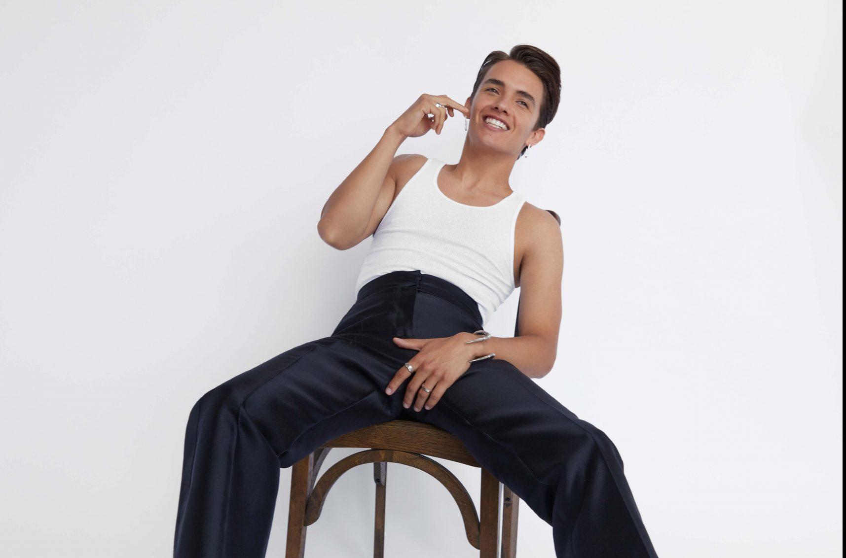 Noah Urrea: I Enjoy Putting Smiles On People's Faces Noah Urrea: I Enjoy Putting Smiles On People's Faces Vanity Teen 虚荣青年 Menswear & new faces magazine