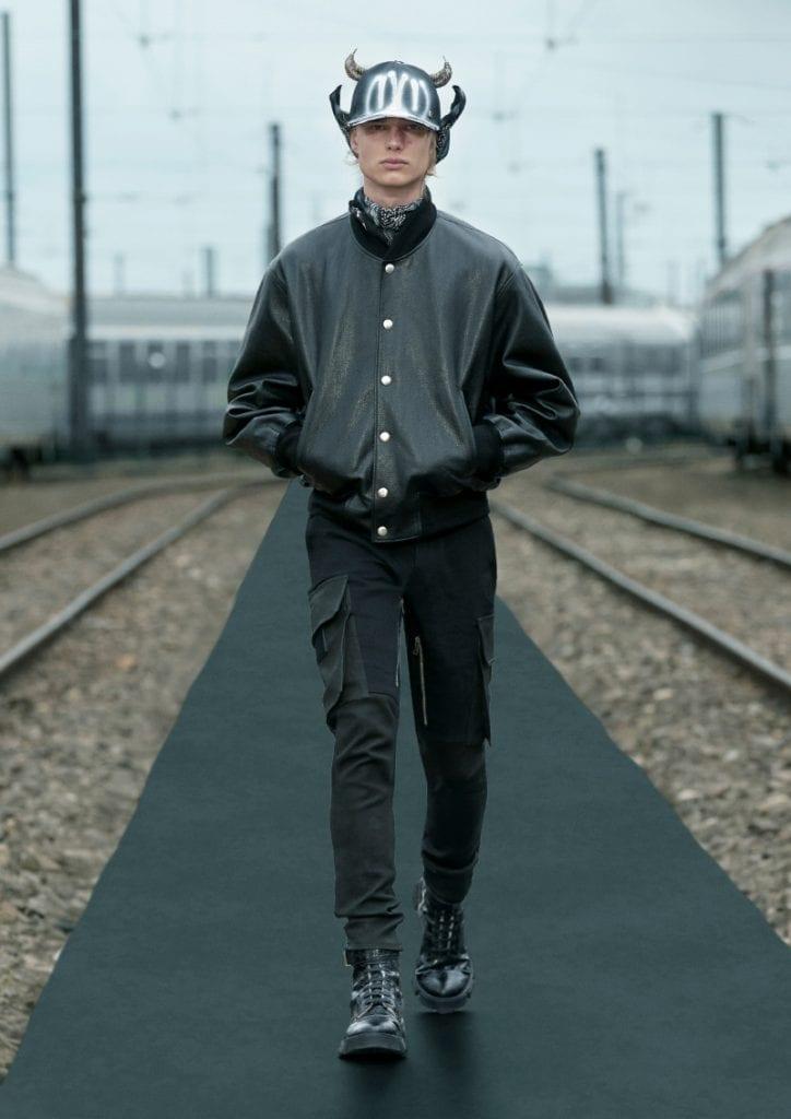 Givenchy Spring 2022 Collection Givenchy Spring 2022 Collection Vanity Teen 虚荣青年 Menswear & new faces magazine