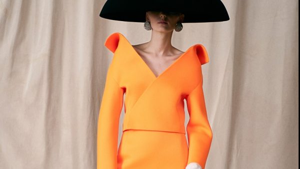 Balenciaga Haute Couture FW21 Collection Balenciaga Haute Couture FW21 Collection Vanity Teen 虚荣青年 Lifestyle & new faces magazine