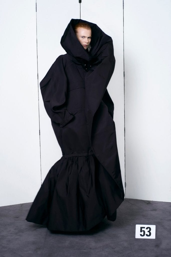 Balenciaga Haute Couture FW21 Collection Balenciaga Haute Couture FW21 Collection Vanity Teen 虚荣青年 Menswear & new faces magazine