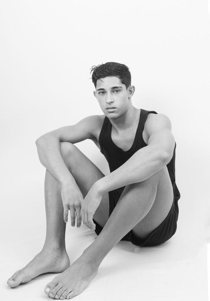 Juan Ferreira by Beto Urbano Juan Ferreira by Beto Urbano Vanity Teen 虚荣青年 Menswear & new faces magazine