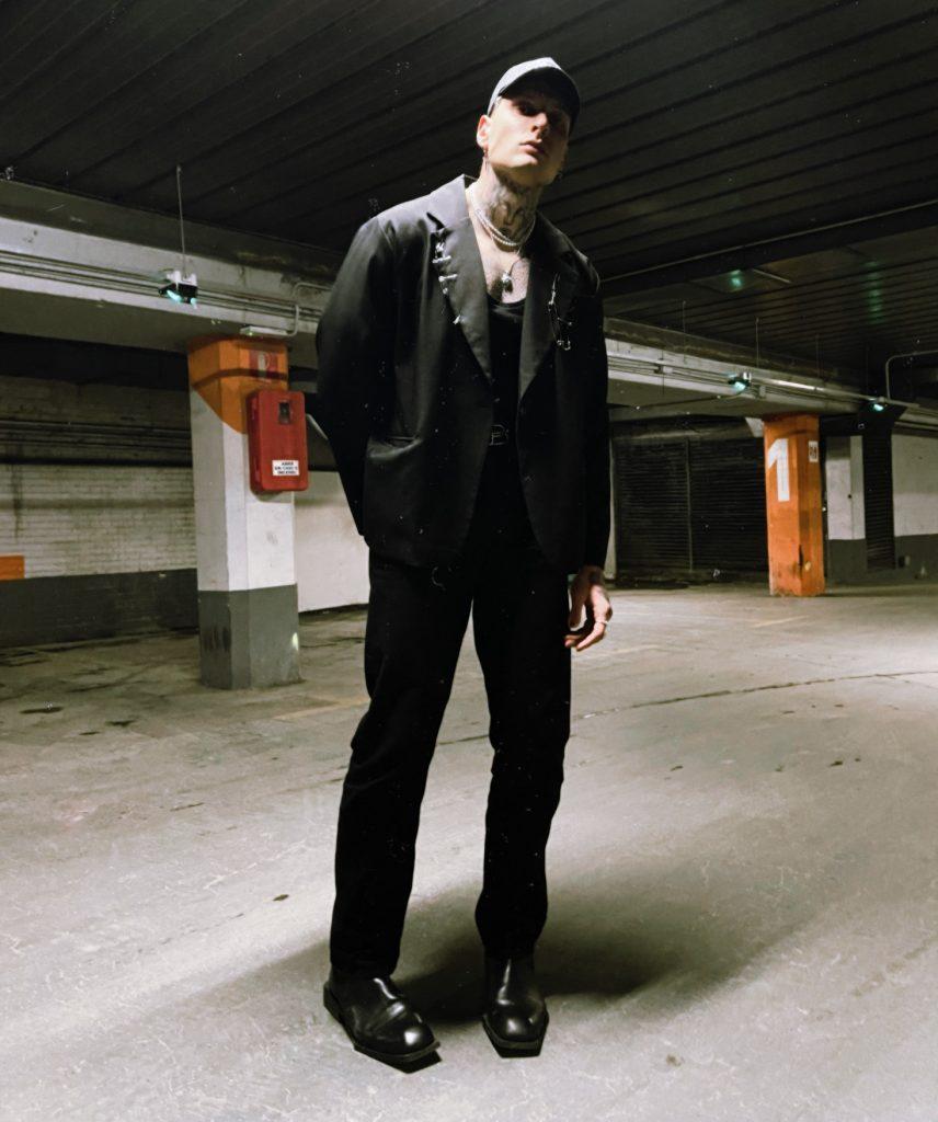 Misho Amoli: The Only Mistake Is Not Trying Misho Amoli: The Only Mistake Is Not Trying Vanity Teen 虚荣青年 Lifestyle & new faces magazine