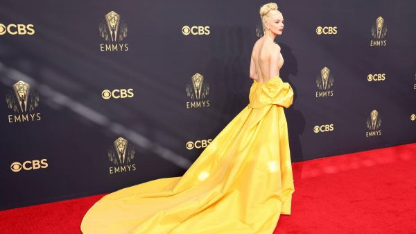 2021 Emmy Awards: the best dressed from TV's biggest night 2021 Emmy Awards: the best dressed from TV's biggest night Vanity Teen 虚荣青年 Lifestyle & new faces magazine